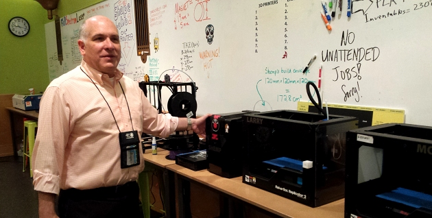 Mark Andersen in Maker Lab